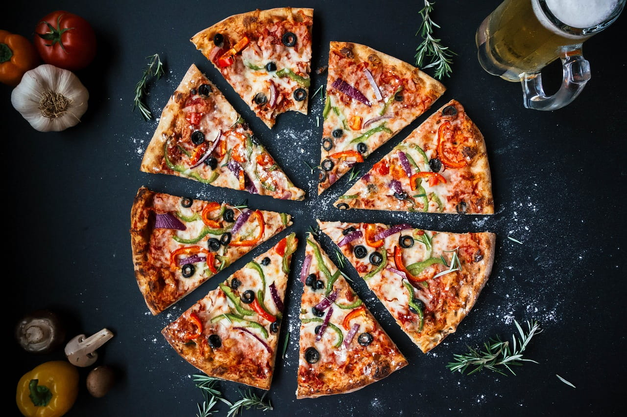 Axonn_5_different_types_of_pizza_2019