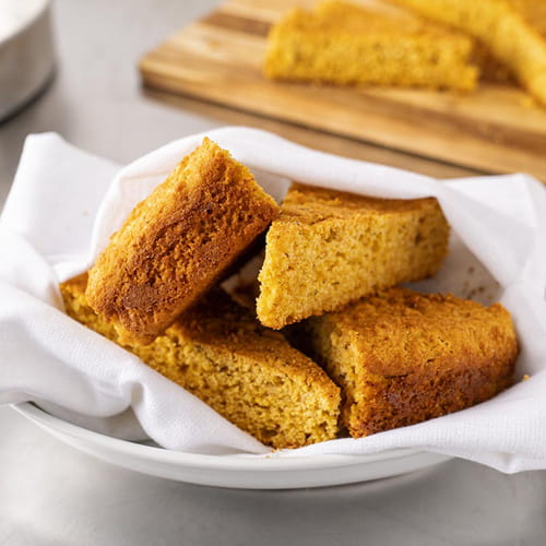 Gluten Free Corn Bread Fiery Habanero and Roasted Garlic Seasoning