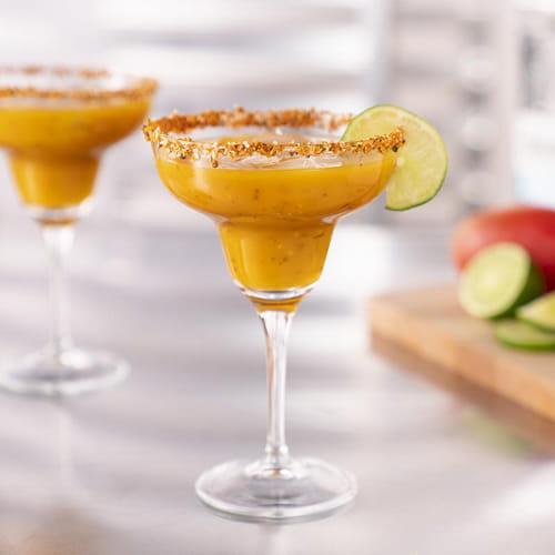 Margarita à la mangue grillée, au habanero brûlant et à l'ail rôti
