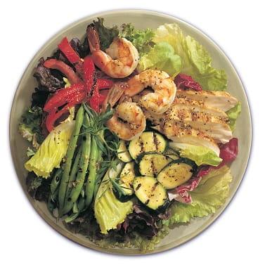 Crevettes grillées et salade antipasto