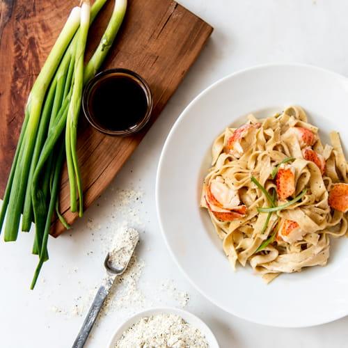 Pepper Tagliatelle Pasta with Lobster and Vanilla Cream Sauce