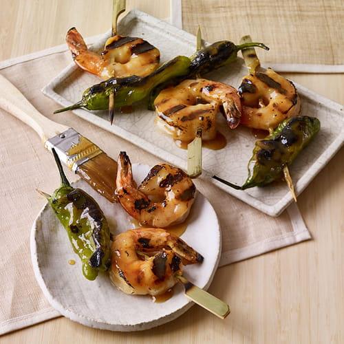 Crevettes au miso et yakitori aux poivrons shishito