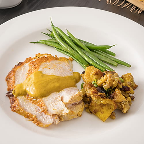 Dindon rôti tandoori masala avec sauce pour poulet au beurre