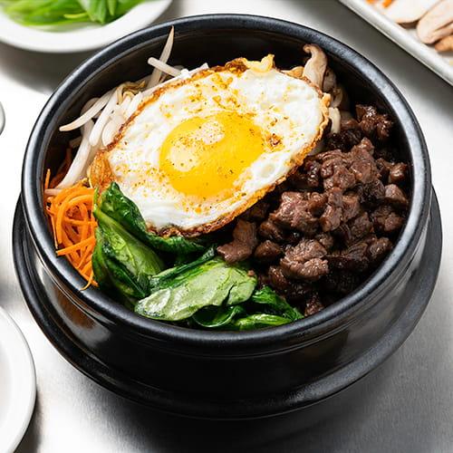 Bibimbap avec sauce BBQ style coréen