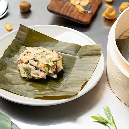 Crevettes BBQ style coréen cuites à la vapeur en feuilles de bananier