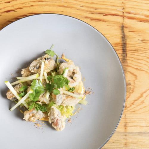 Moules dorées en tempura au levain