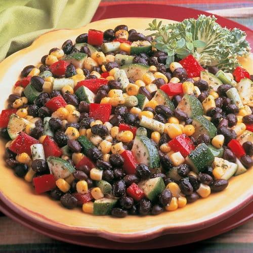 Salade de maïs et de haricots noirs
