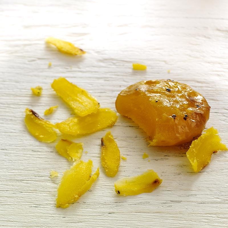 Jaunes d'œuf durcis au sel épicé