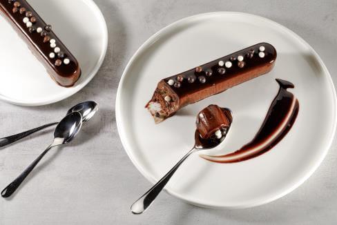 https://d1e3z2jco40k3v.cloudfront.net/-/media/foodservicefr/recettes/desserts/buchette-choco-caramel-et-croc-3-choco.jpg?rev=-1&vd=00010101T000000Z&hash=4E02F4D09E3CA309428BCE90B29726B9