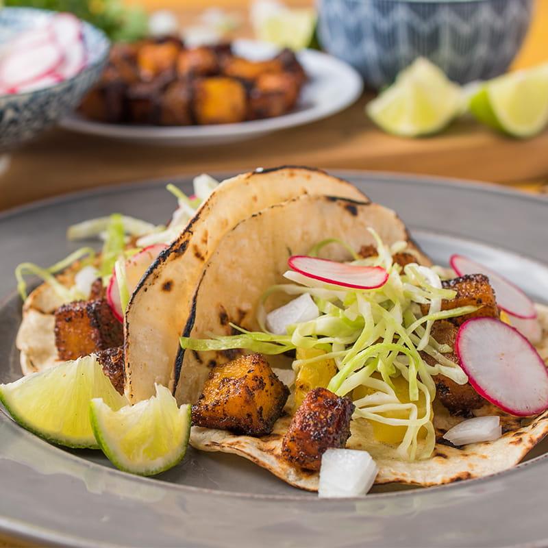 Tacos végétaliens à la courge butternut al pastor