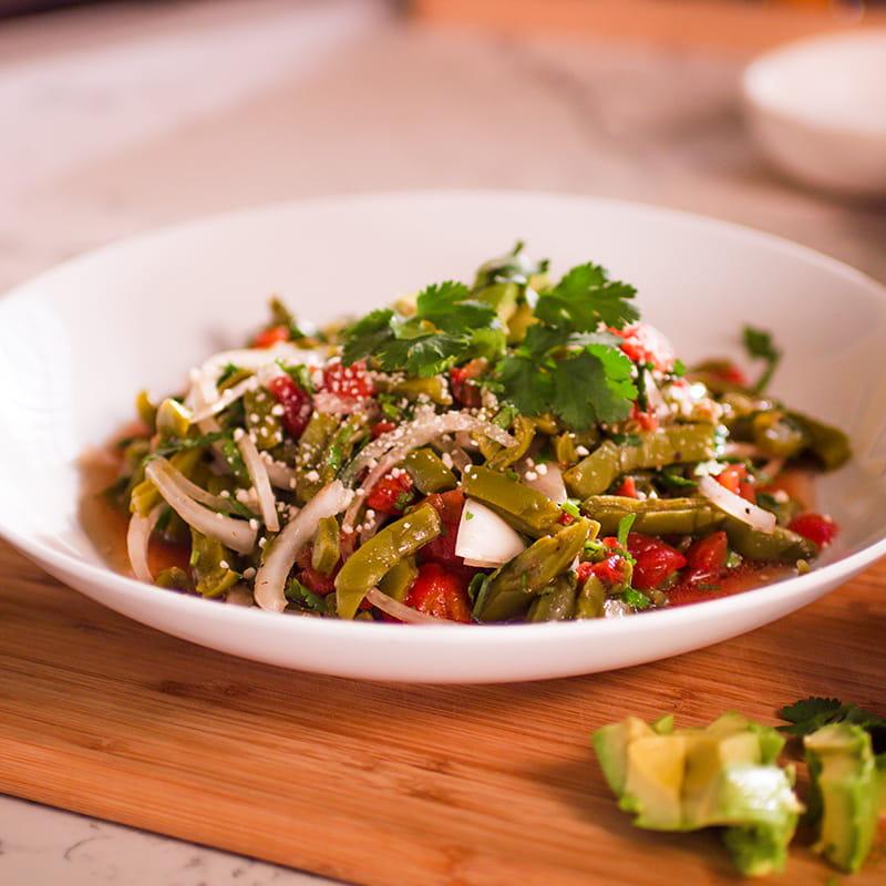 Ensalada de nopales (salade de cactus)