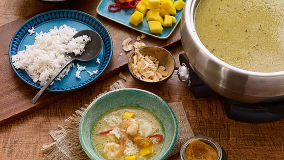 https://d1e3z2jco40k3v.cloudfront.net/-/media/foodservicefr/recettes/ff2018/caribbean_hot_pot_broth_with_papaya_pica_sauce.jpg?rev=0e8b520806f84f53aa24a63dda415625&vd=20200611T222015Z&hash=69162F51809BBE51FEBFEC384E95BFA3