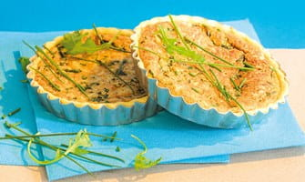https://d1e3z2jco40k3v.cloudfront.net/-/media/foodservicefr/recettes/pizza-et-tarte/tarte-herbes.jpg?rev=4ad62f4f10e042b0a7919ef950049c3f&vd=20200611T222108Z&hash=074C602F96041DCE7A0085F4515F4F52