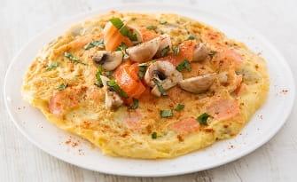 Omelette au saumon fumé pimenté