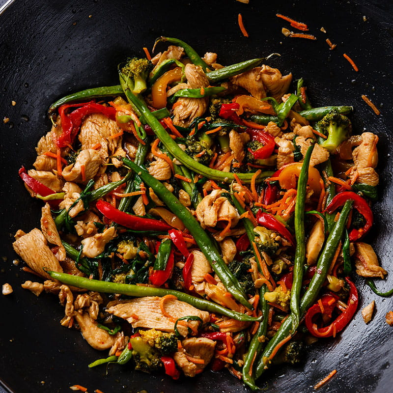 Piept de pui la wok