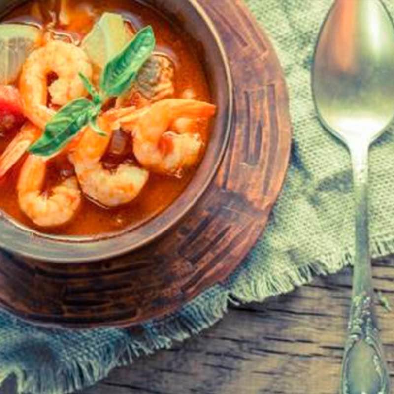 Supă mediteraneană cu fructe de mare