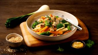 Tofu z brokułami po azjatycku