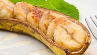Banany z cynamonem i rumem