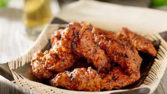 Grillowane skrzydełka kurczaka przyprawione po hindusku