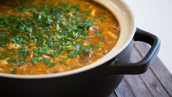 Hiszpańska zupa czosnkowa z boczkiem