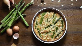 Tarta na kruchym cieście z białymi warzywami