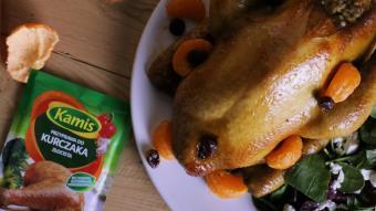 Kurczak faszerowany kaszą pęczak i pieczone warzywa