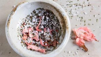 Marynowany imbir, zielona herbata i słono-kwaśne chili