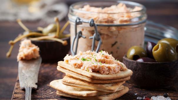Pasta z makreli - przepis Kamis