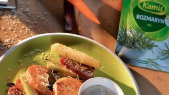 Pieczone warzywa z pikantnym sosem chili