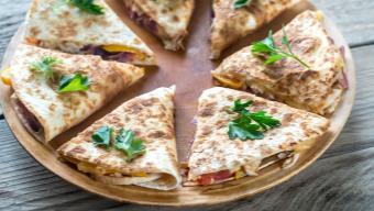 Quesadillas z chorizo - przepis KAMIS