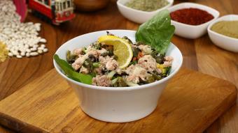 Sałatka z kaszy pęczak i tuńczyka