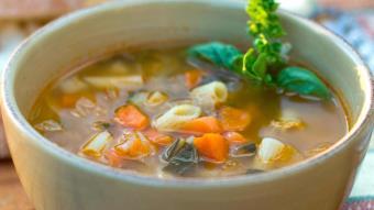 Włoska zupa z ziołami