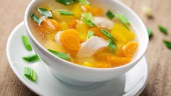 Zupa ryżowo-warzywna