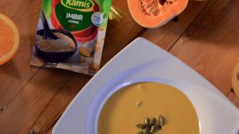 Pikantna zupa dyniowa z mlekiem kokosowym, jesienny napar z imbiru