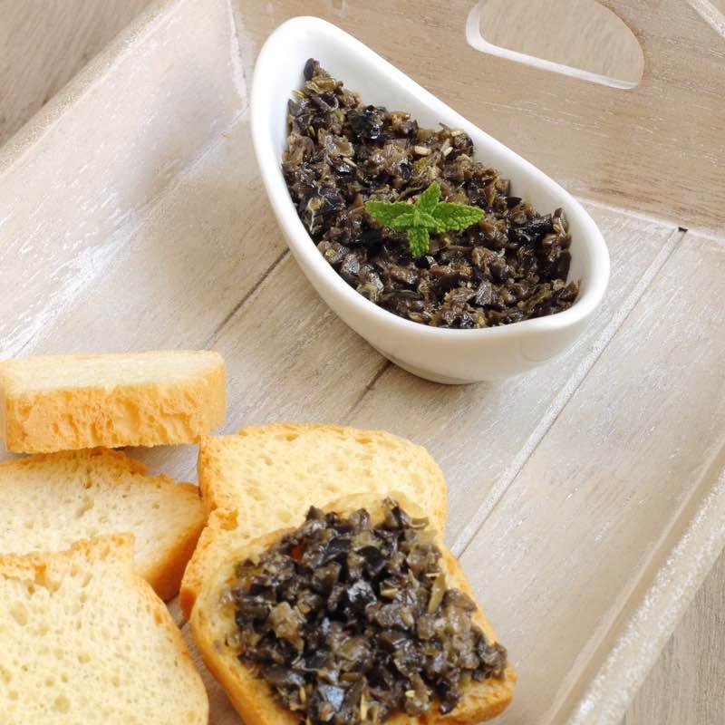 Tapenada (Prowansalska pasta z czarnych oliwek)