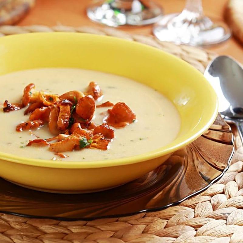 Zupa krem z kurek i kalarepy