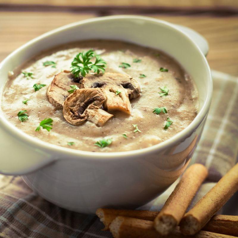 Zupa pieczarkowa