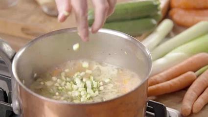 3 sposoby na wyborne zupy, które smakują jak lubisz