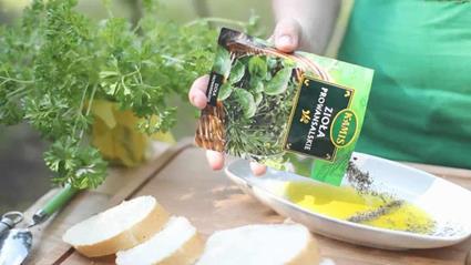 Aromatyczne grzanki z serem i pepperoni
