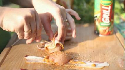 Grillowane roladki z kurczaka otulane chrupiącym boczkiem