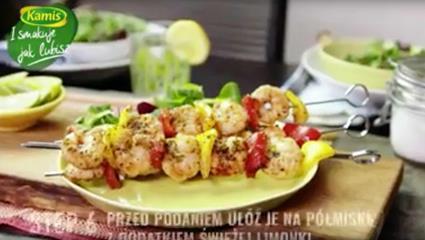 Przepis na grillowane szaszłyki z krewetek królewskich z limonką | I smakuje jak lubisz