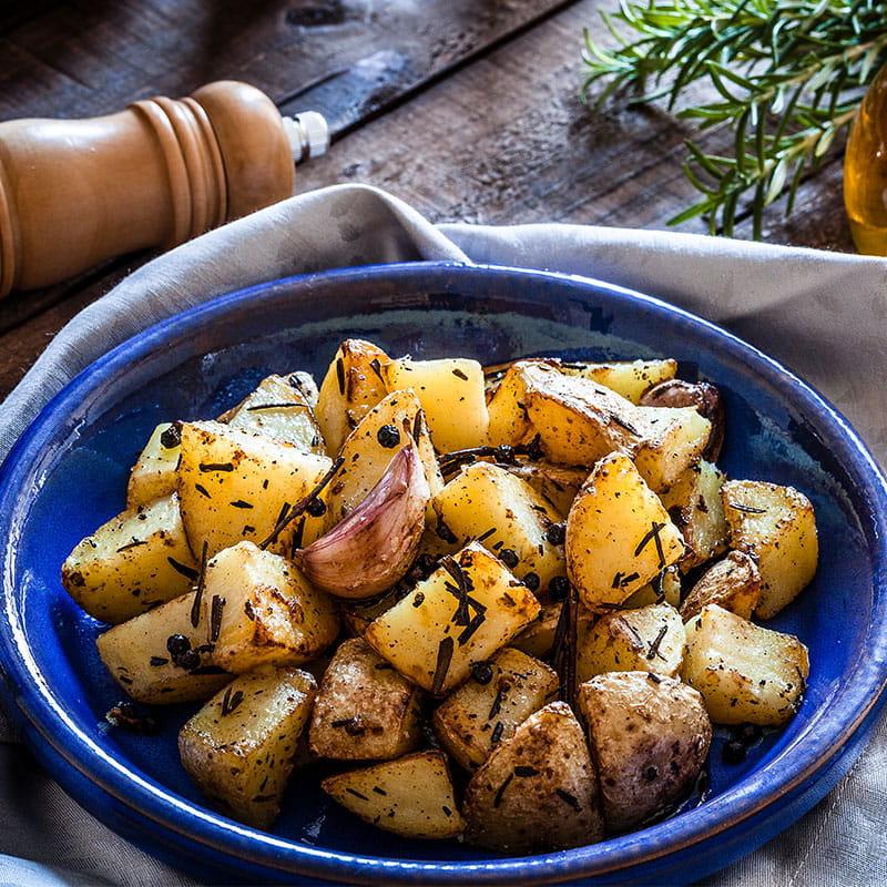 Batatas com Alho e Ervas Finas