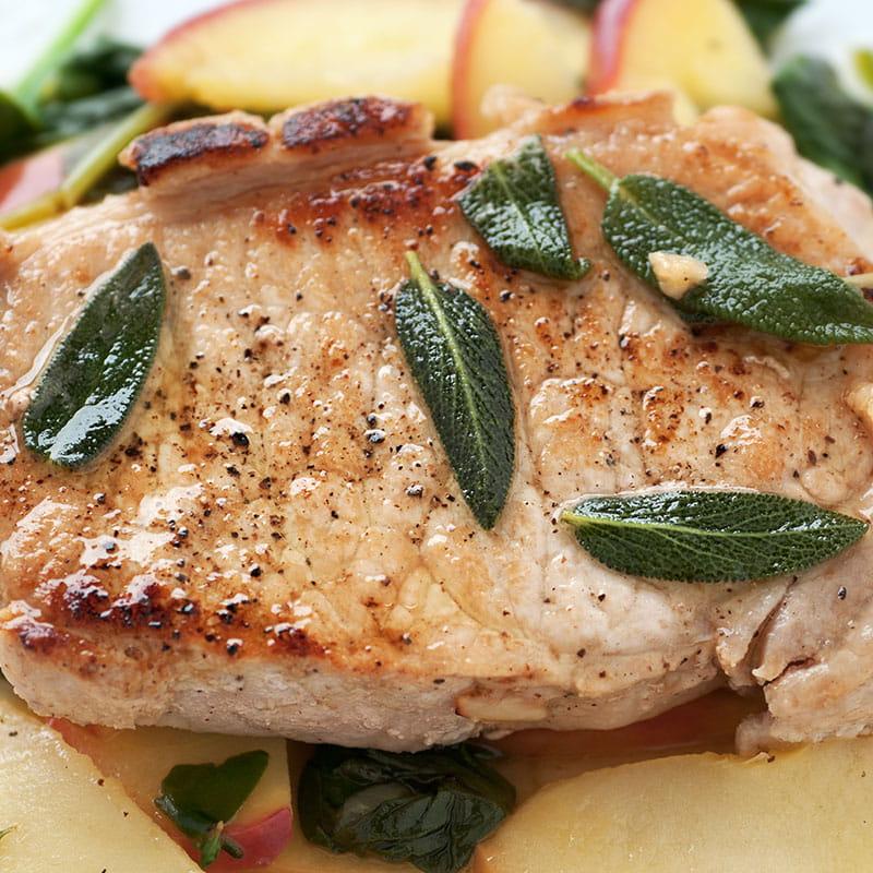 Carne de Porco Aromatizada com Maca e Salsa
