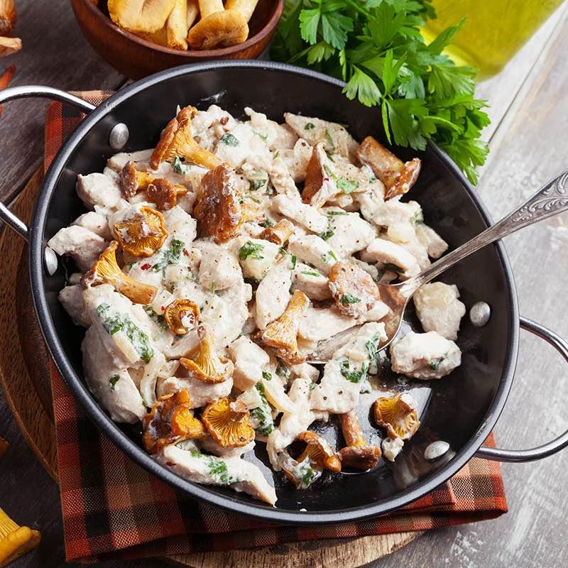 Frango Cremoso com Pimenta e Cogumelos