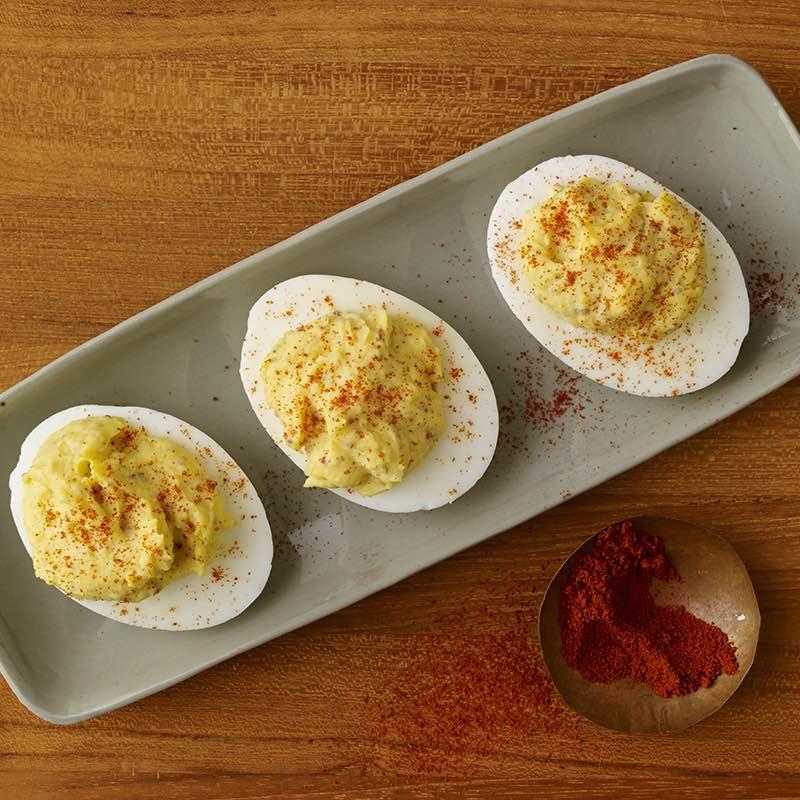 Ovos recheados com Mostarda fumada