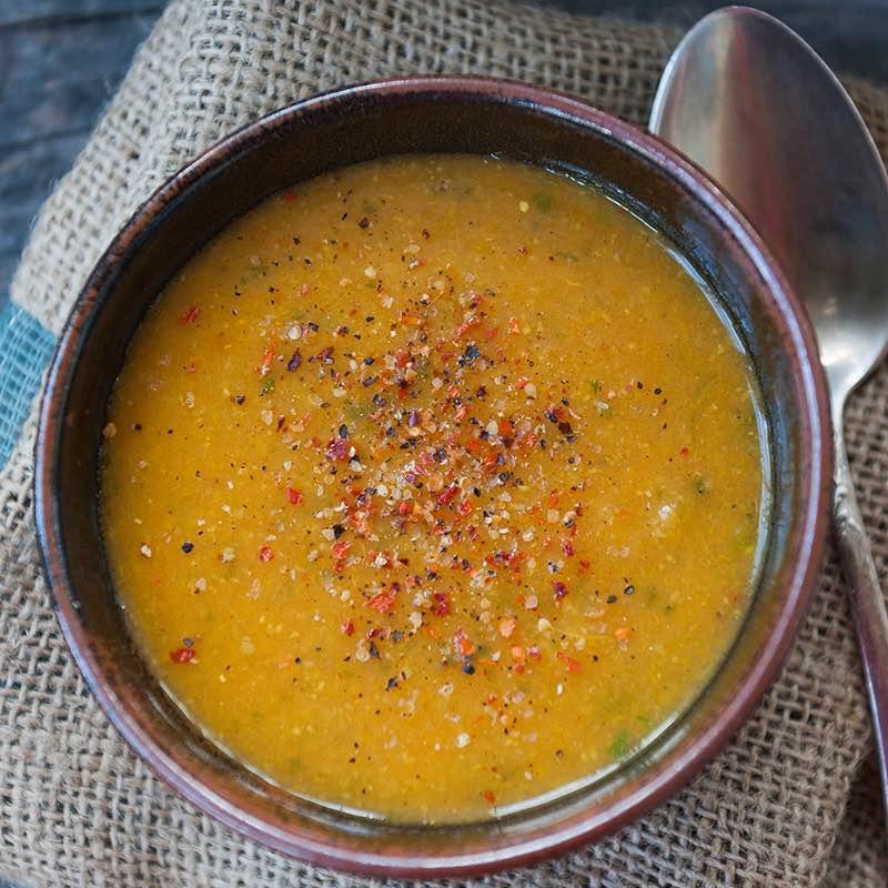 Sopa de Legumes Aromatizada com Salsa