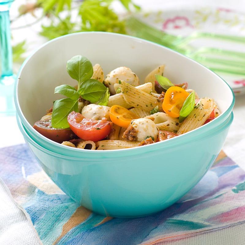 Salada de Massa Penne com Espinafres e Tomate