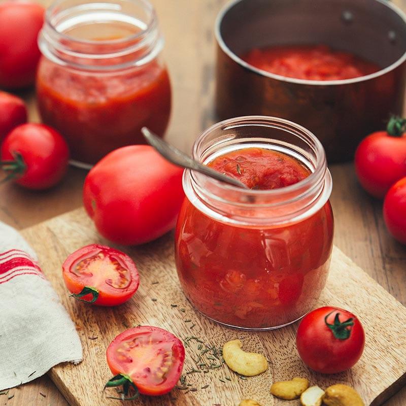 sauce_au_thym_basilic_et_tomates_fraiches_800