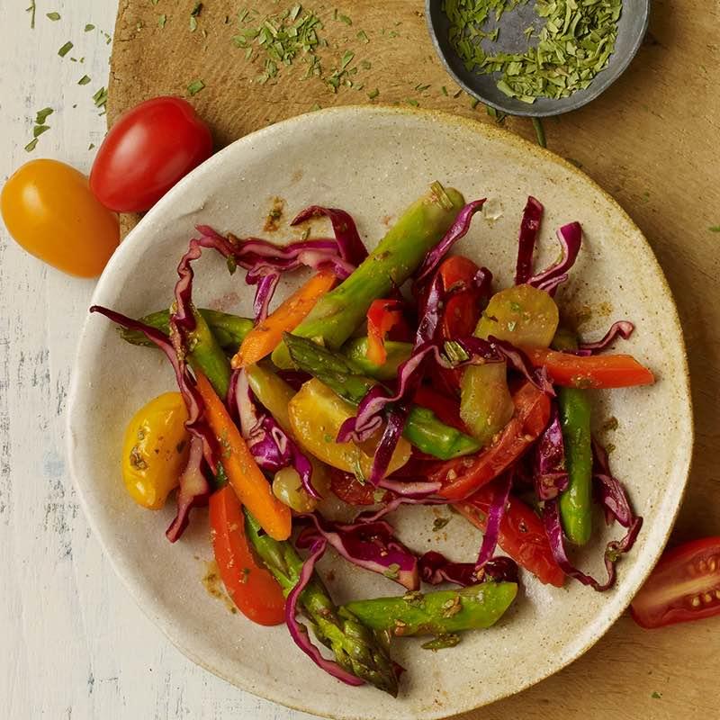 Legumes Umami Salteados com Estragão e Vinho Branco