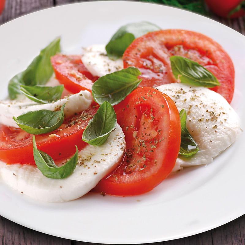 Tomaten-Mozzarella-Salat oder Insalata Caprese